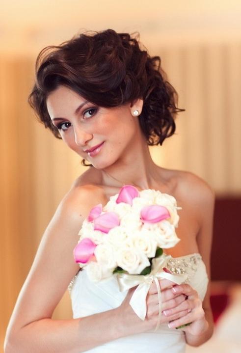 стилисты свадебные прически на средние волосы